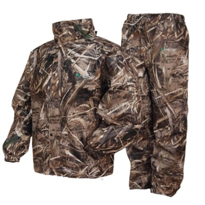 Best hunting rain gear the essentials to keeping dry for Best rain suit for fishing