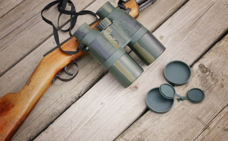 The 3 Best Binoculars for Hunting: A Buyers Guide with Reviews